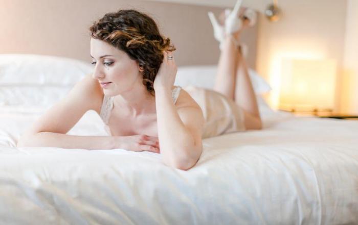 Hochzeit_Getting Ready in der Villa Kennedy_Angelika Krinke_ - 63