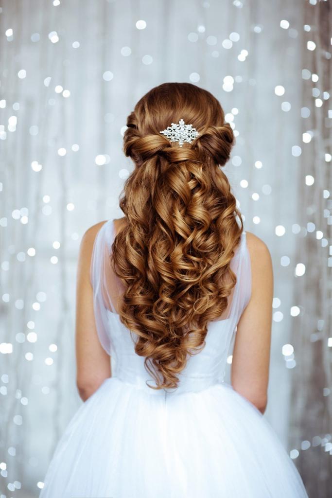 Romantische Brautfrisur offen