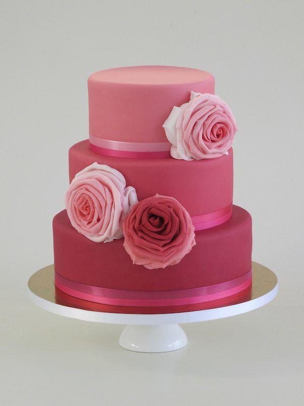 Hochzeitstorte in Pink