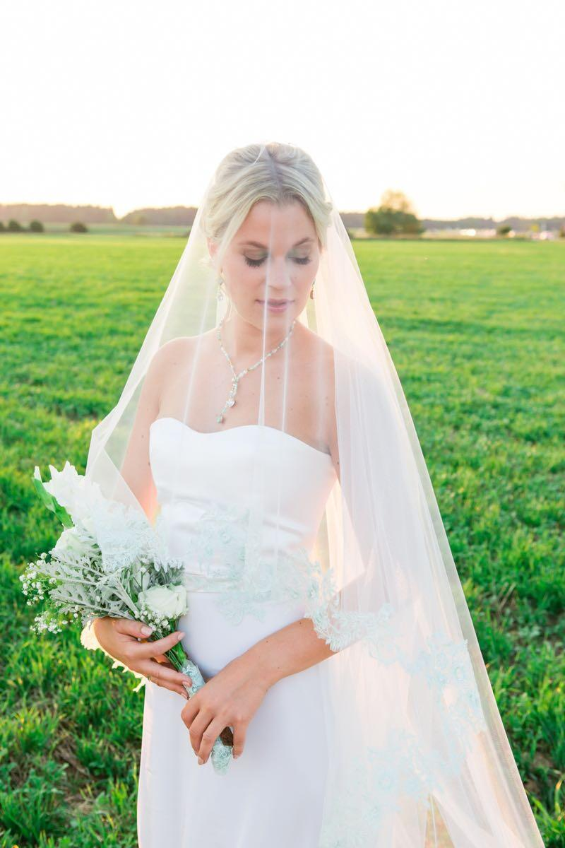 klassische Brautfrisur