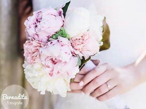 Hochzeitsblumen 300 Brautstrausse Inspiration Vorschlage Bilder