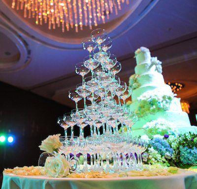 Champagner-Turm auf Hochzeit