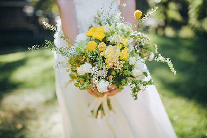 Brautstrauß im Sommer