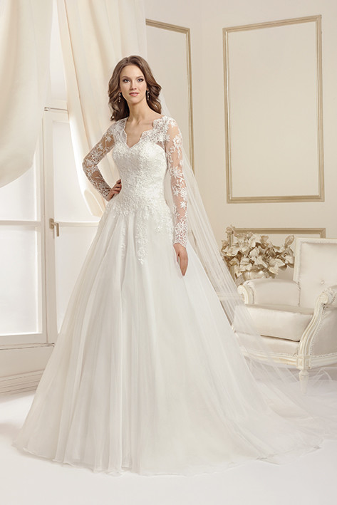 Brautkleid von Agnes, Mode de Pol