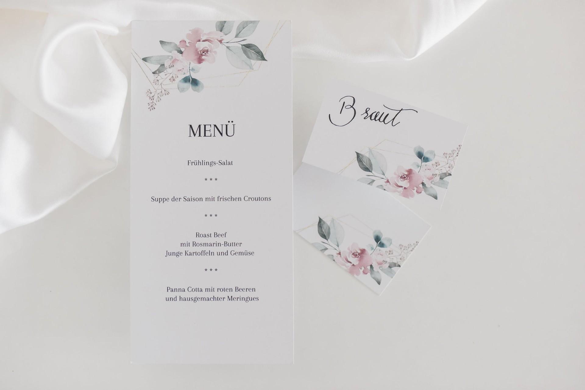 Menükarte und Tischkarte im Stil Floral von Honeymoments