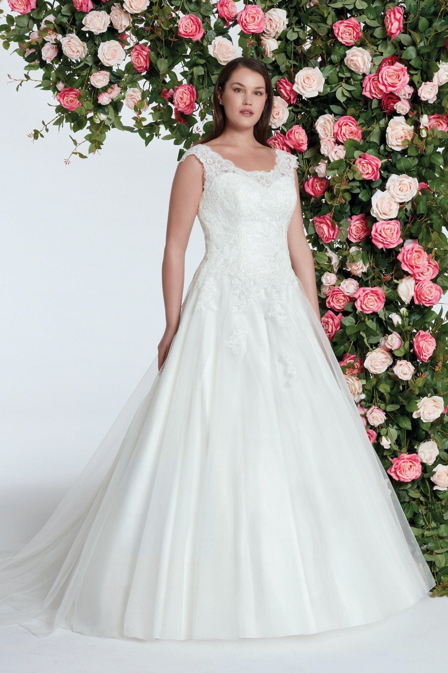Prinzess-Brautkleid mit Spitze, Rundhalsausschnitt und