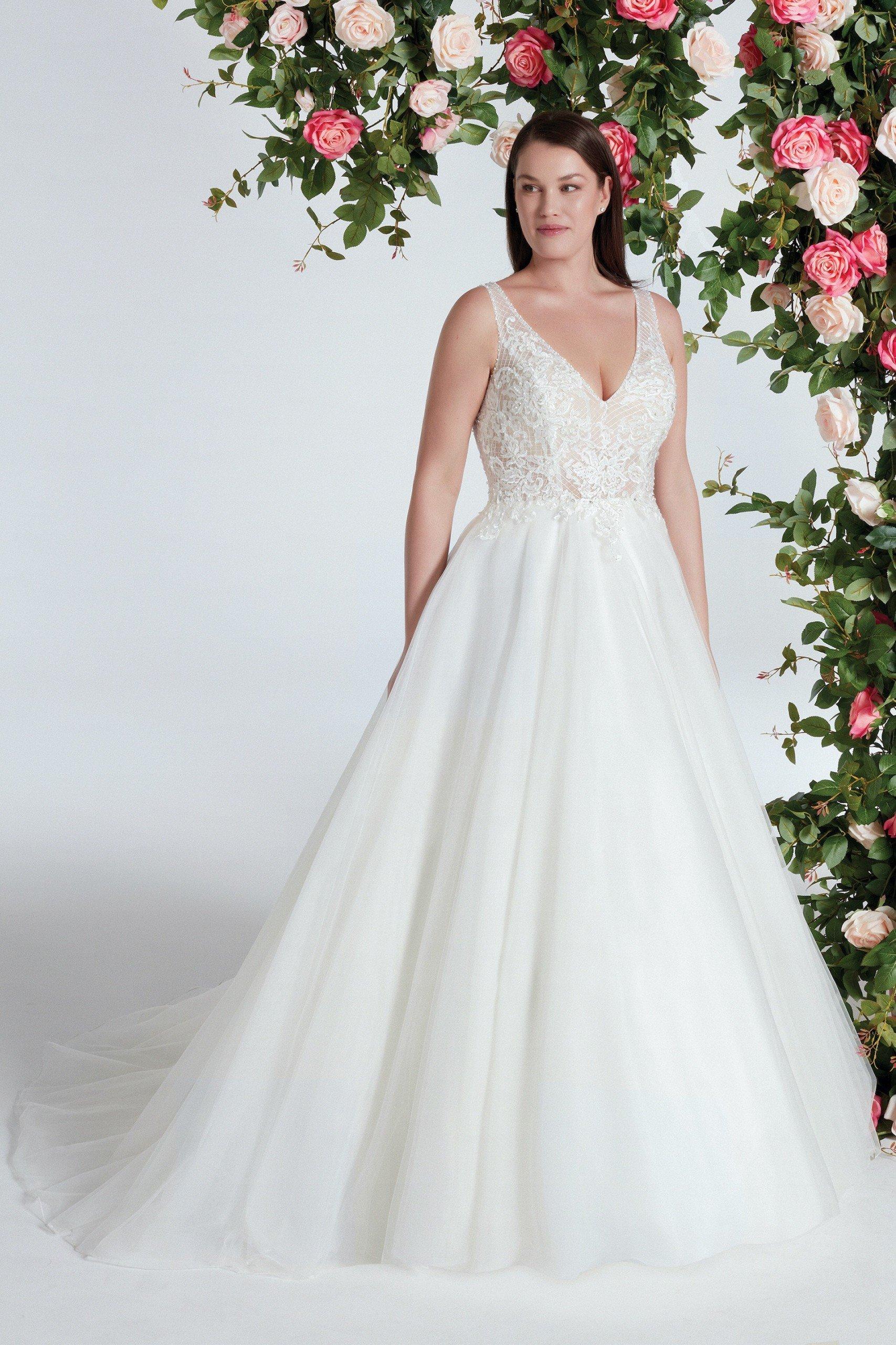 Brautkleid im Prinzessstil mit Tüllrock, transparentem