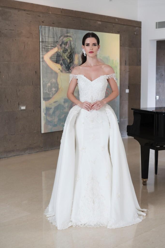 Brautkleid mit abnehmbarer Schleppe   Emine Yildirim