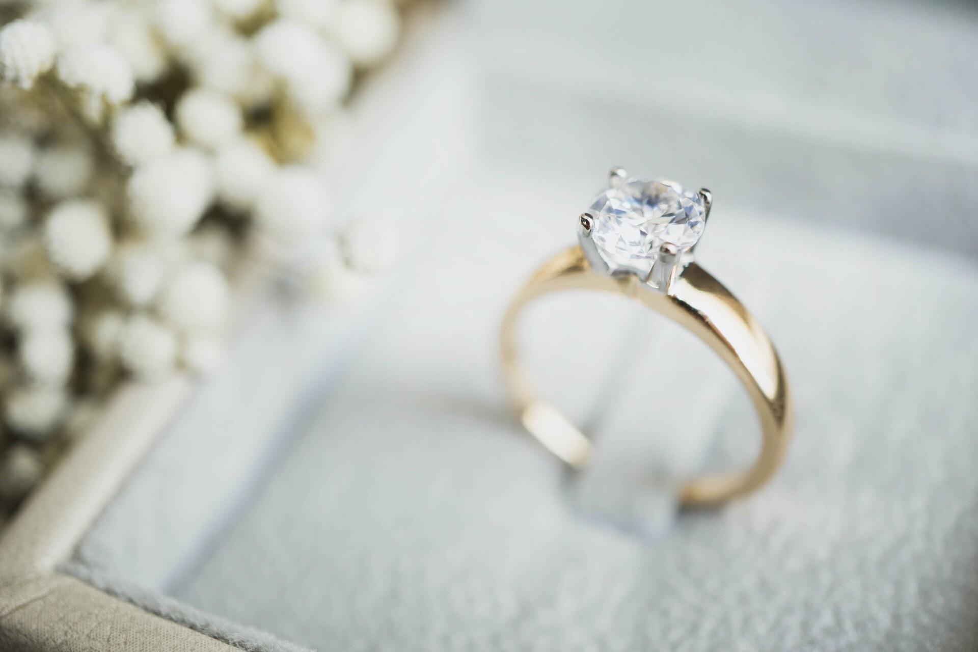 Verlobungsring für den Heiratsantrag