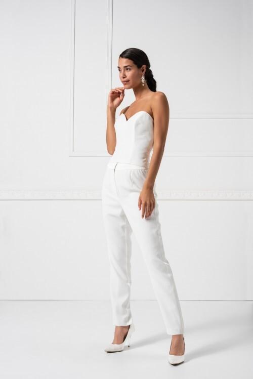 Braut-Outfit, bestend aus Hose und Korsagetop mit trägerlosem Sweetheart-Ausschnitt, von Weise Essentials, Modelle 368008 und 336004