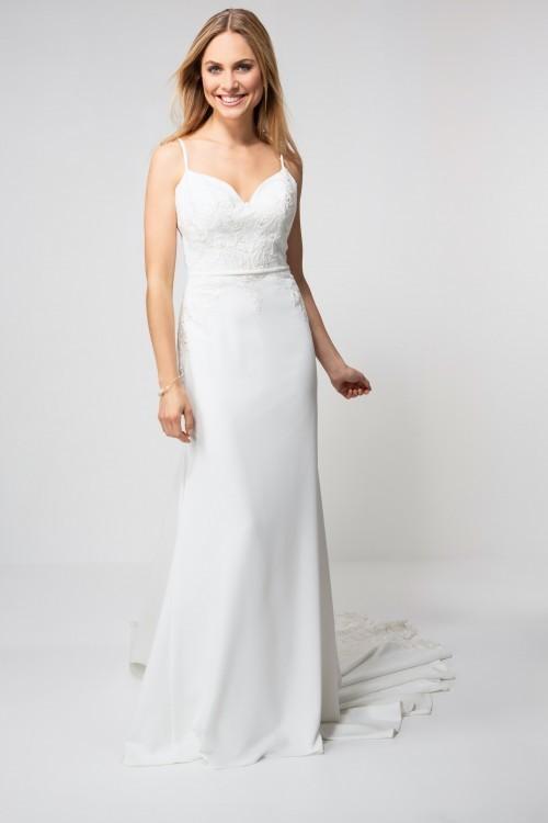 Fit-and-Flare-Brautkleid mit herzförmigem Ausschnitt, Spaghettiträgern, Stickereien und Schleppe von Weise Be glam, Modell 337362