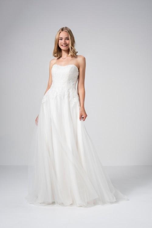 Prinzess-Brautkleid mit Tüllrock, Beandeau-Ausschnitt und Spitze von Weise Be The One, Modell 337492