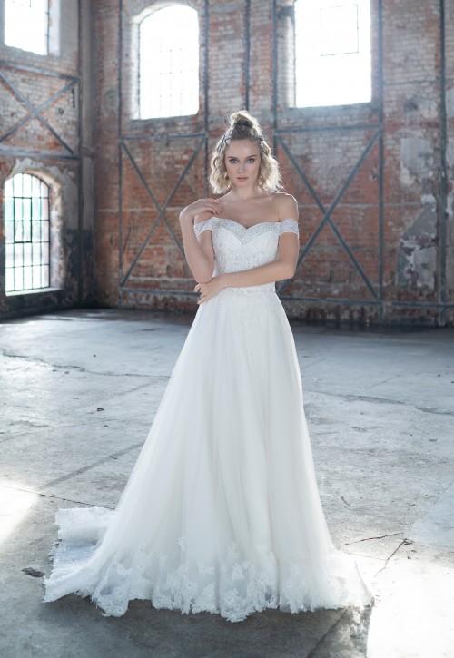 Prinzess-Brautkleid mit Carmen-Ausschnitt, Spitzendetails und Paillettenstickereien von Emine Yildirim, Modell 9007