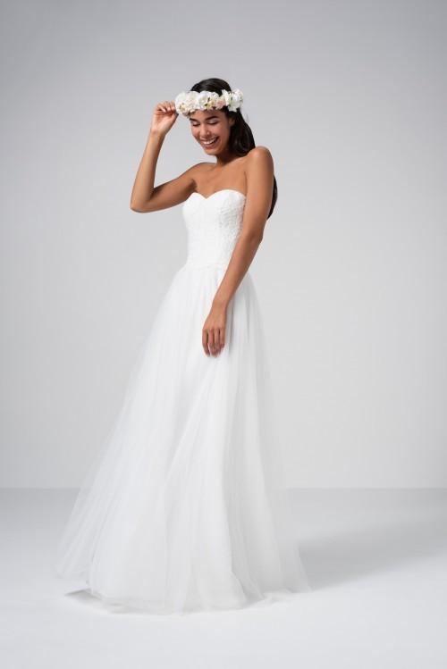 Hochzeitskleid im Prinzessschnitt mit Tüllrock, Spitzentop und abnehmbaren Spitzenärmeln von Weise Be The One, Modell 337572