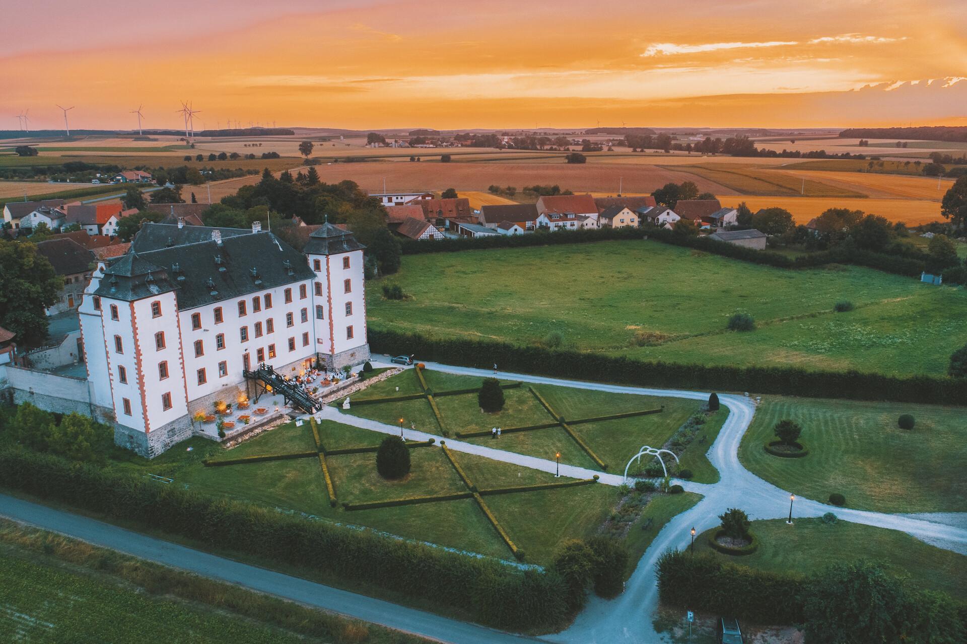 Schloss Walkershofen in Simmershofen