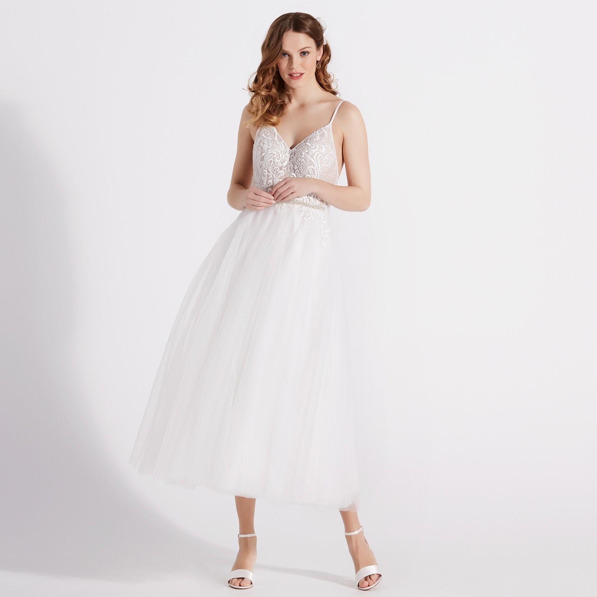 Brautkleid von Diamonds by Lilly Style 08-4172