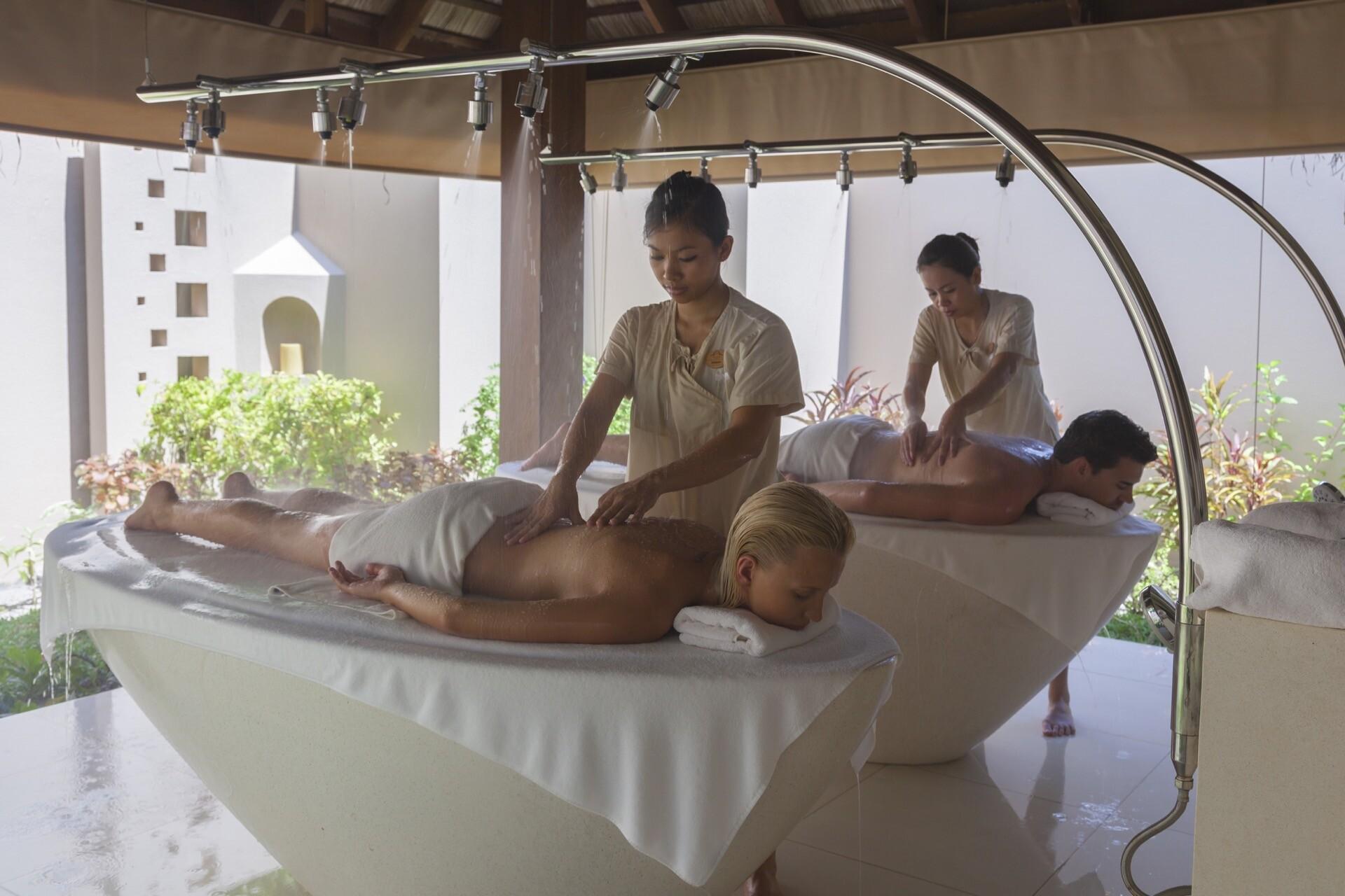Paarmassage im Malediven-Urlaub