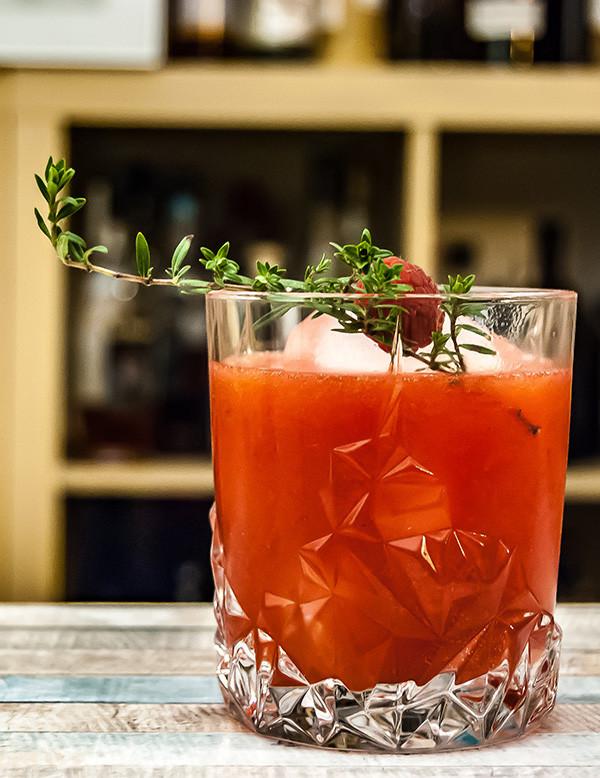 Raspberry Thyme Smash Cocktail-Rezept