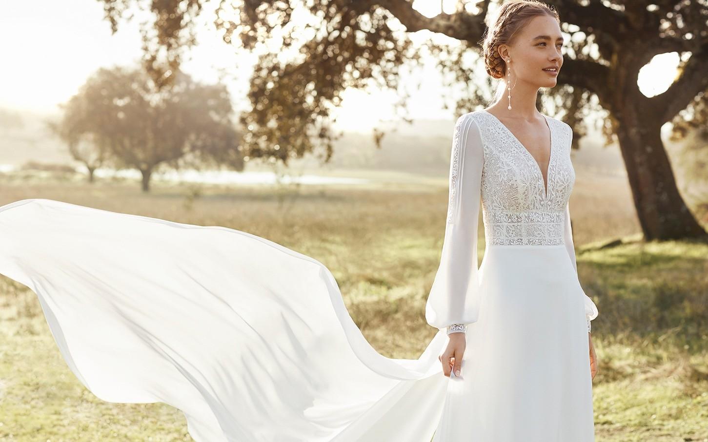 Brautkleid von Rosa Clará Boheme