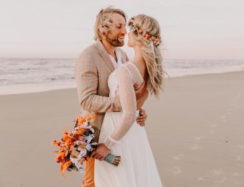 Moderne Boho-Hochzeit am Strand