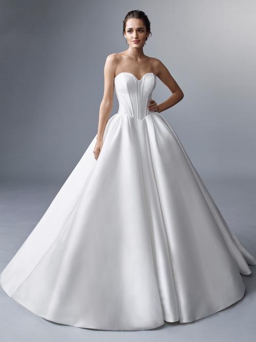 Clean Chic-Hochzeitskleid im Duchesse-Schnitt mit trägerlosem Sweetheart-Ausschnitt und Schleppe von Elysée Atelier, Modell Merteuil