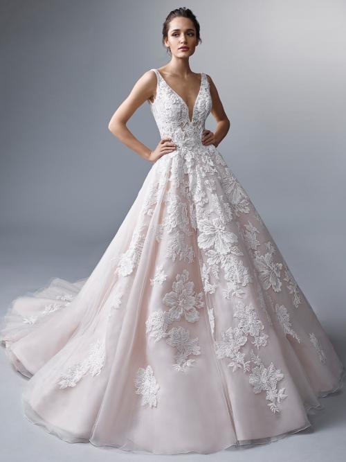 Roséfarbenes Prinzessbrautkleid mit 3D-Spitze, Plunge-Ausschnitt und Schleppe von Elysée Atelier, Modell Vigee
