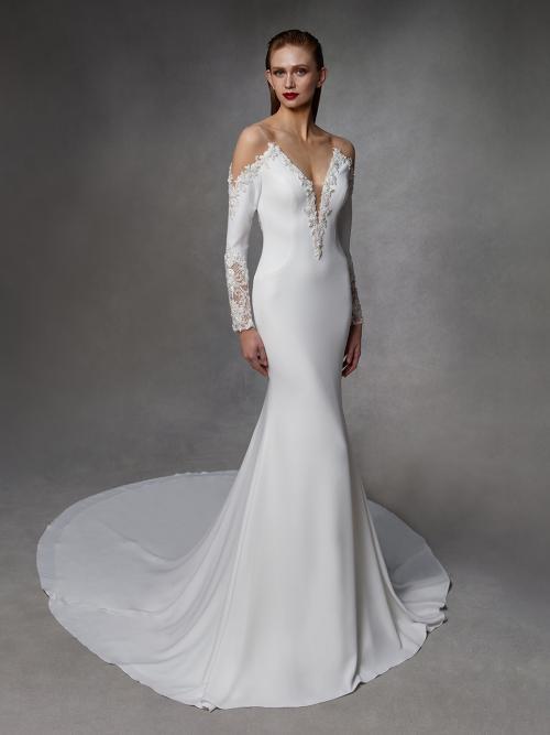 Weißes Hochzeitskleid im Godet-Schnitt mit langen, spitzenbesetzten Ärmeln von Badgley Mischka, Modell Diane
