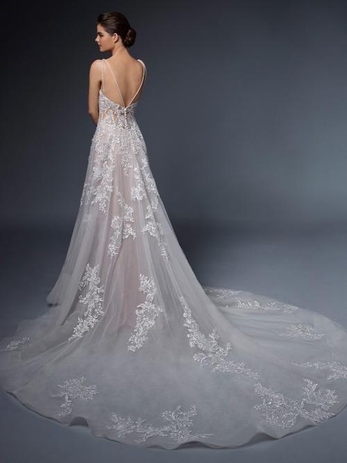 Roséfarbenes Hochzeitskleid mit 3D-Spitze im Prinzessstil mit Tattoo-Effekt und Schleppe von Elysée, Modell Amandine