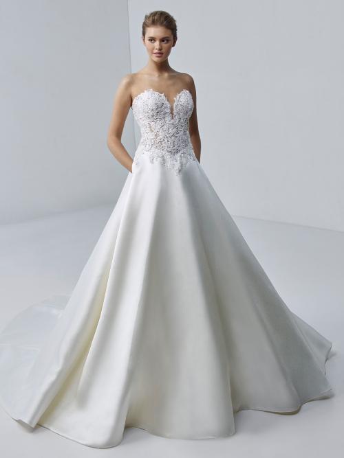 Brautkleid im Prinzess-Schnitt mit trägerlosem Spitzentop und Sweetheart-Ausschnitt von Etoile, Modell Adele
