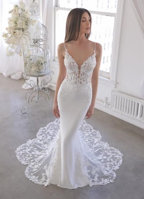 Fit and Flare-Hochzeitskleid mit transparentem Spitzentop, Spaghettiträgern und Schleppe von Blue by Enzoani, Modell Oliviana