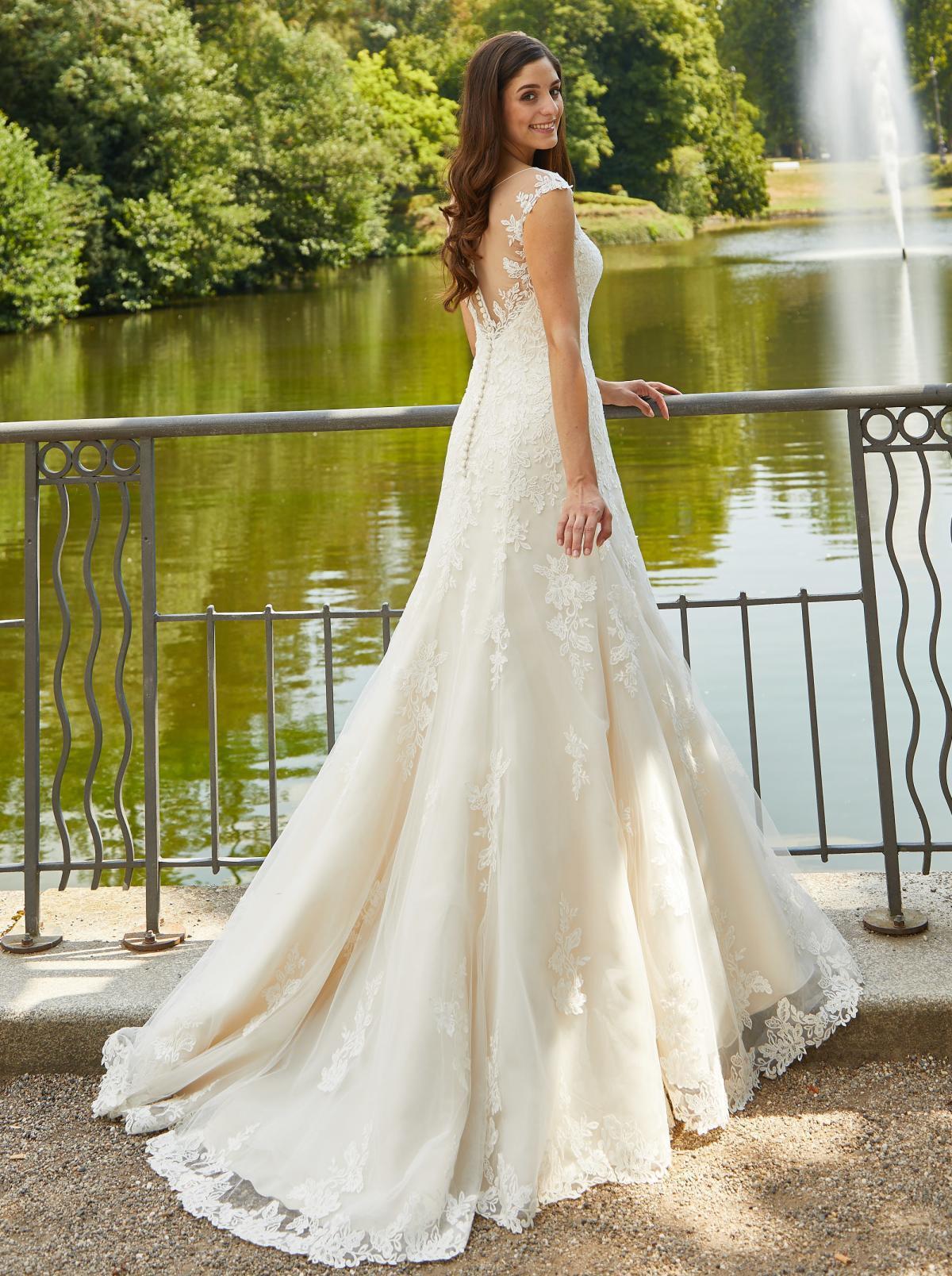 Godet-Brautkleid
