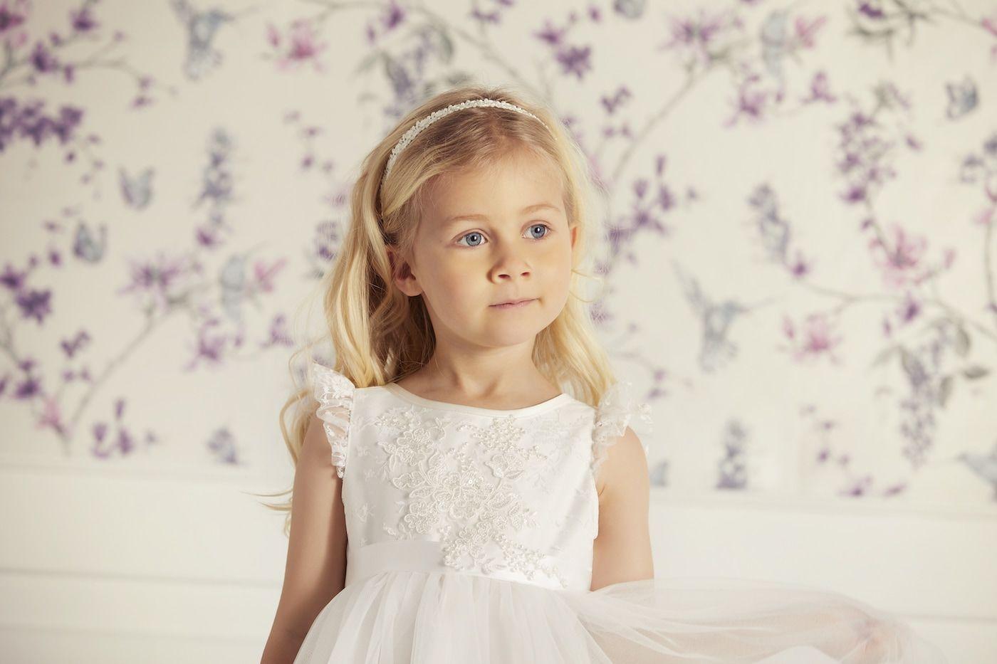 Kinderkleid für Blumenkind auf Hochzeit