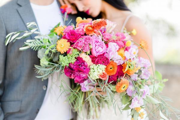 farbenprächtiger Brautstrauß
