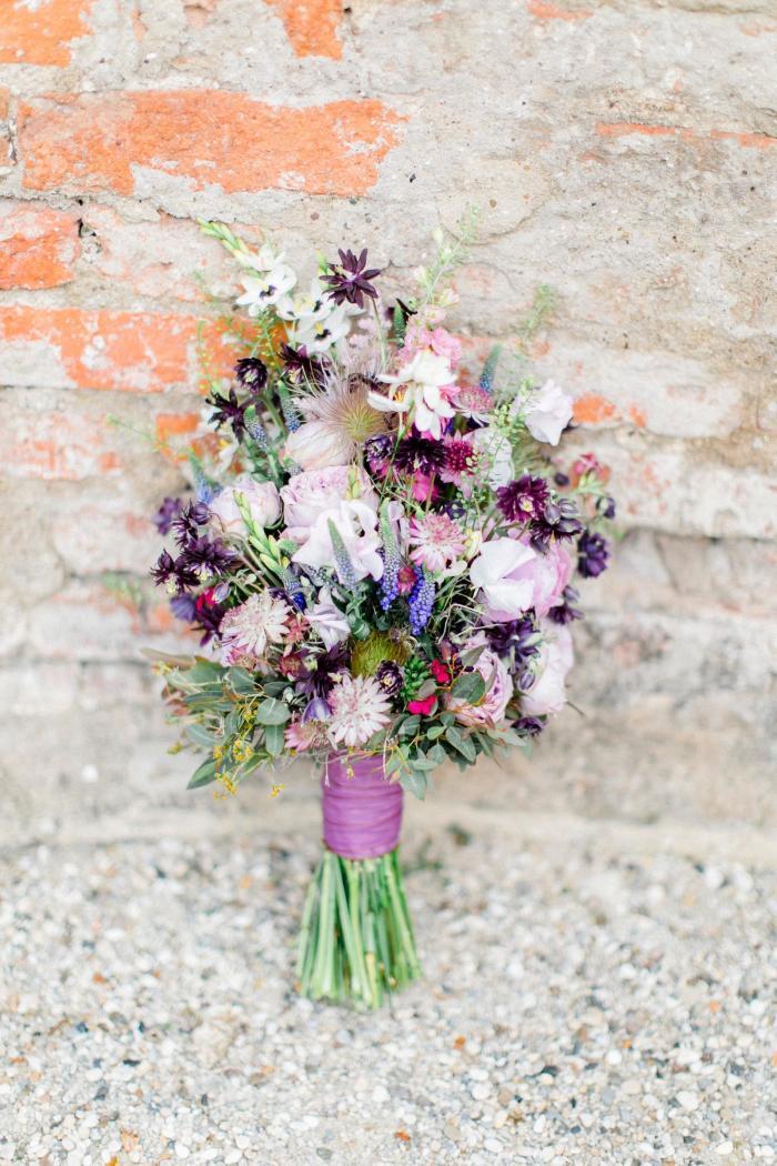 Blumenstrauß in Lila