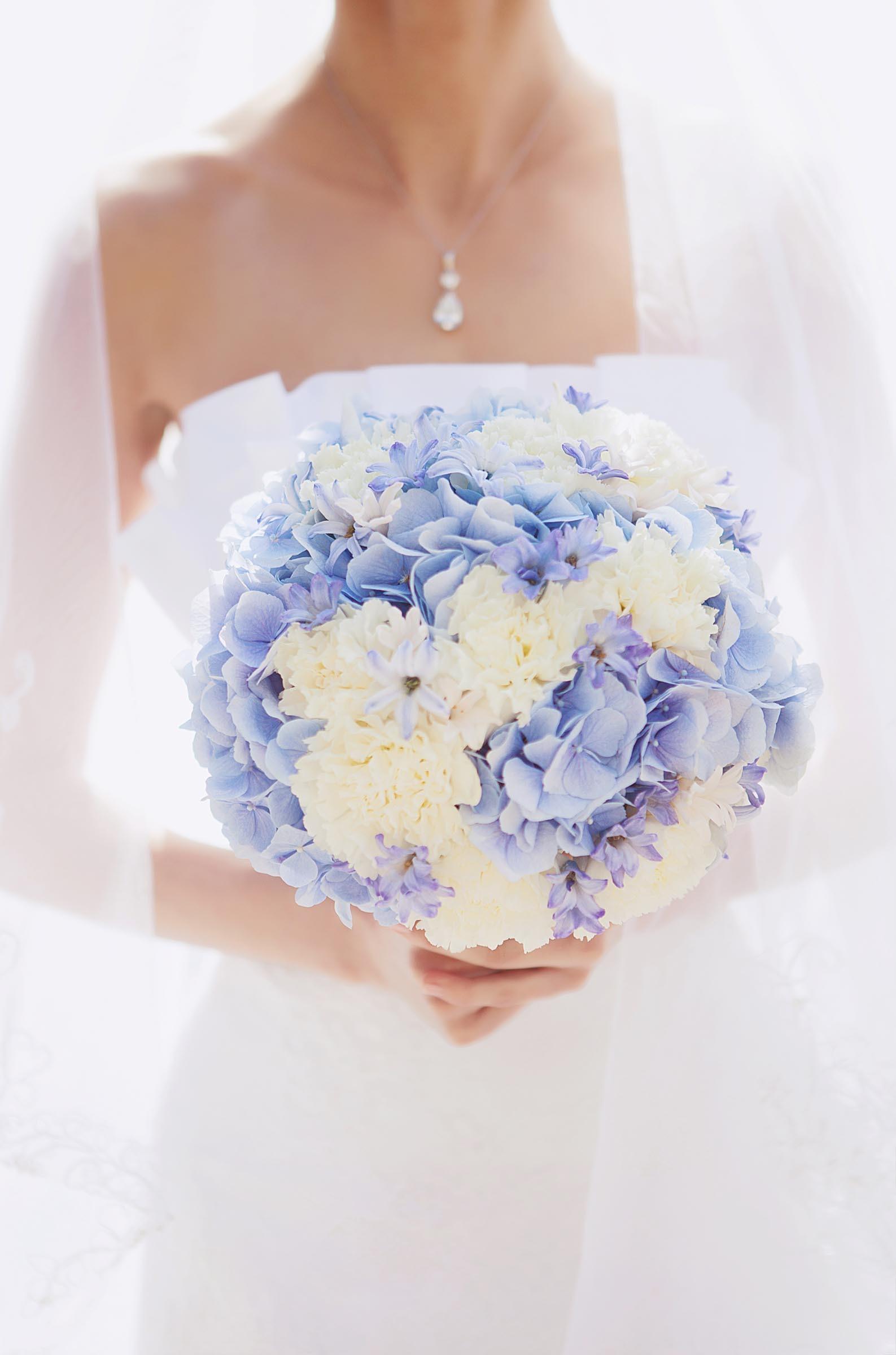 brautstrau mit blauen hortensien heiraten mit. Black Bedroom Furniture Sets. Home Design Ideas