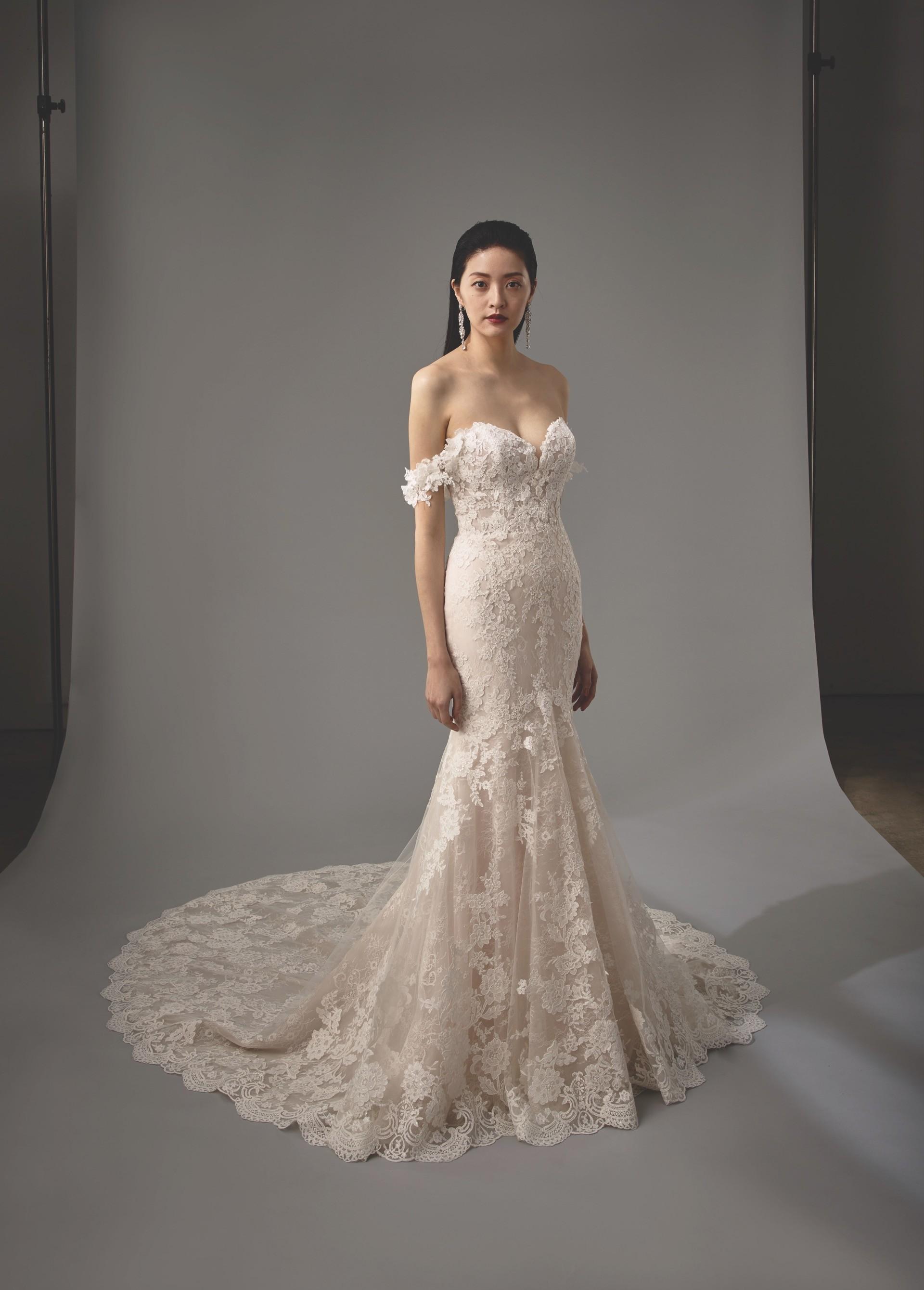 Brautkleid Modell Marija aus der Blue by Enzoani Kollektion 2020