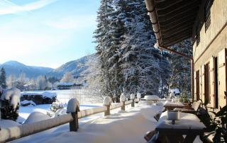 Winterhochzeit im Alm-Chalet am Tegernsee