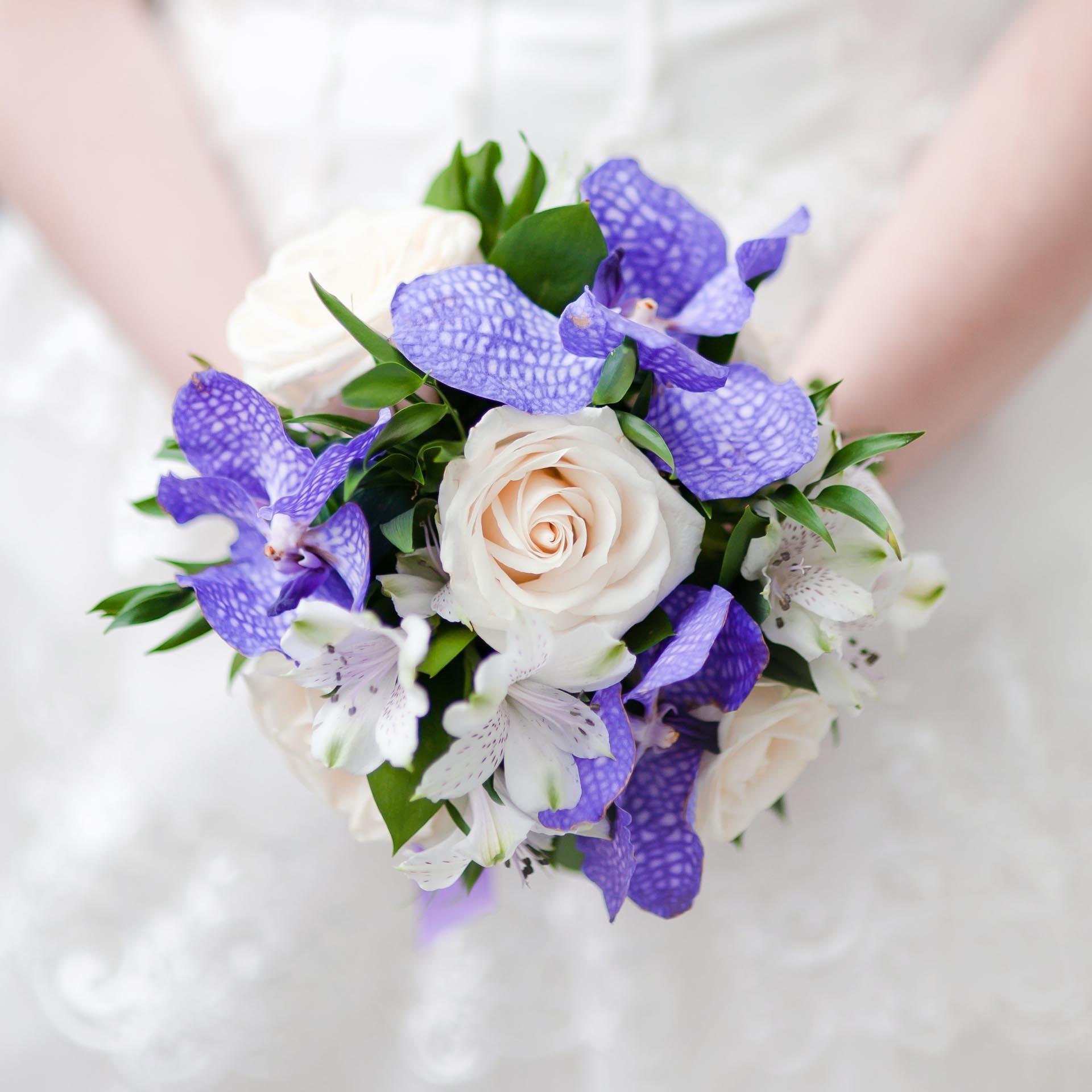 Brautstrauss Mit Rosen Und Orchideen Heiraten Mit Braut De