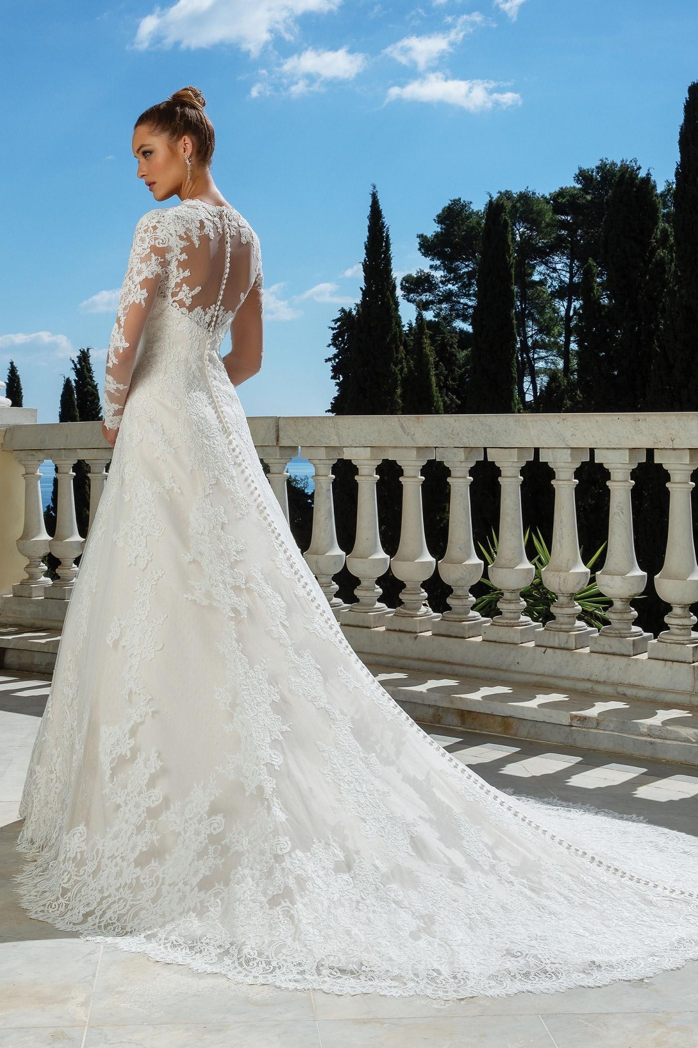Brautkleid in A-Linie mit Spitze, Illusion-Ausschnitt, langem Arm