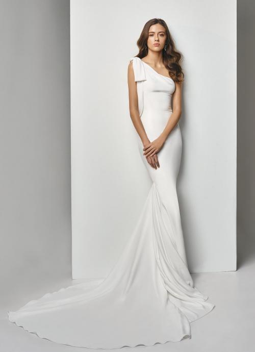 Asymmetrisches Fit and Flare-Brautkleid von Beautiful Bridal, Modell BT19-6