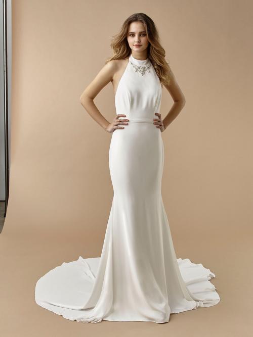 Fit-and-Flare-Brautkleid mit Neckholder-Ausschnitt, Strass-Dekoration und tiefem Rücken von Beautiful Bridal, Modell BT 20-12