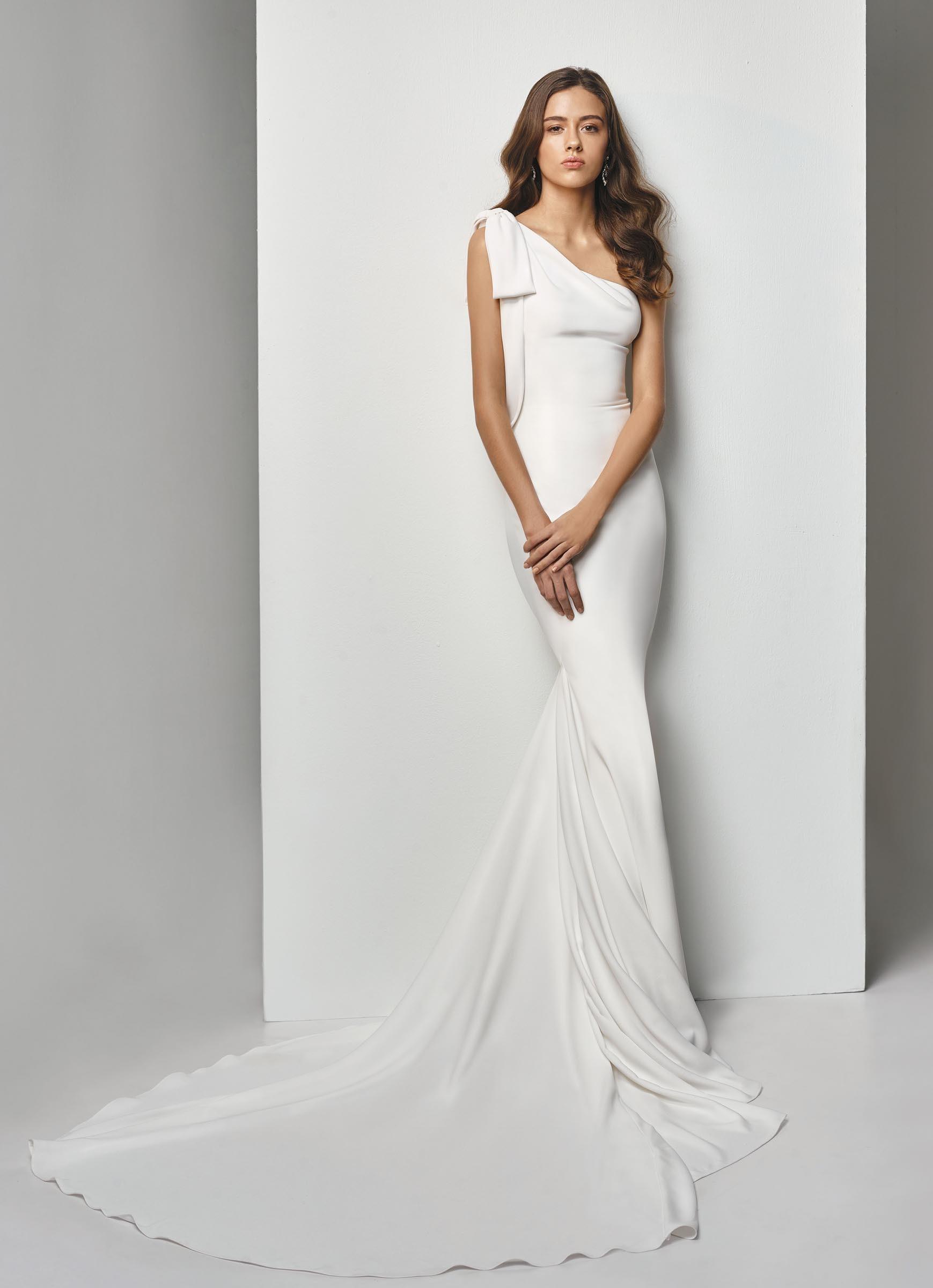 Die Schonsten Brautkleider Und Hochzeits Trends 2019