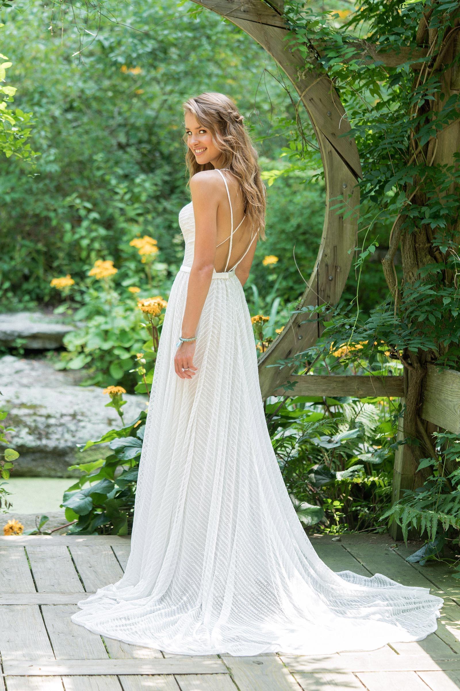 Brautkleid edel und schlicht