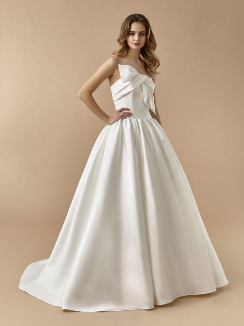 Trägerloses Brautkleid im Prinzessstil mit Schleife und Schleppe von Beautiful Bridal, Modell BT 20-08