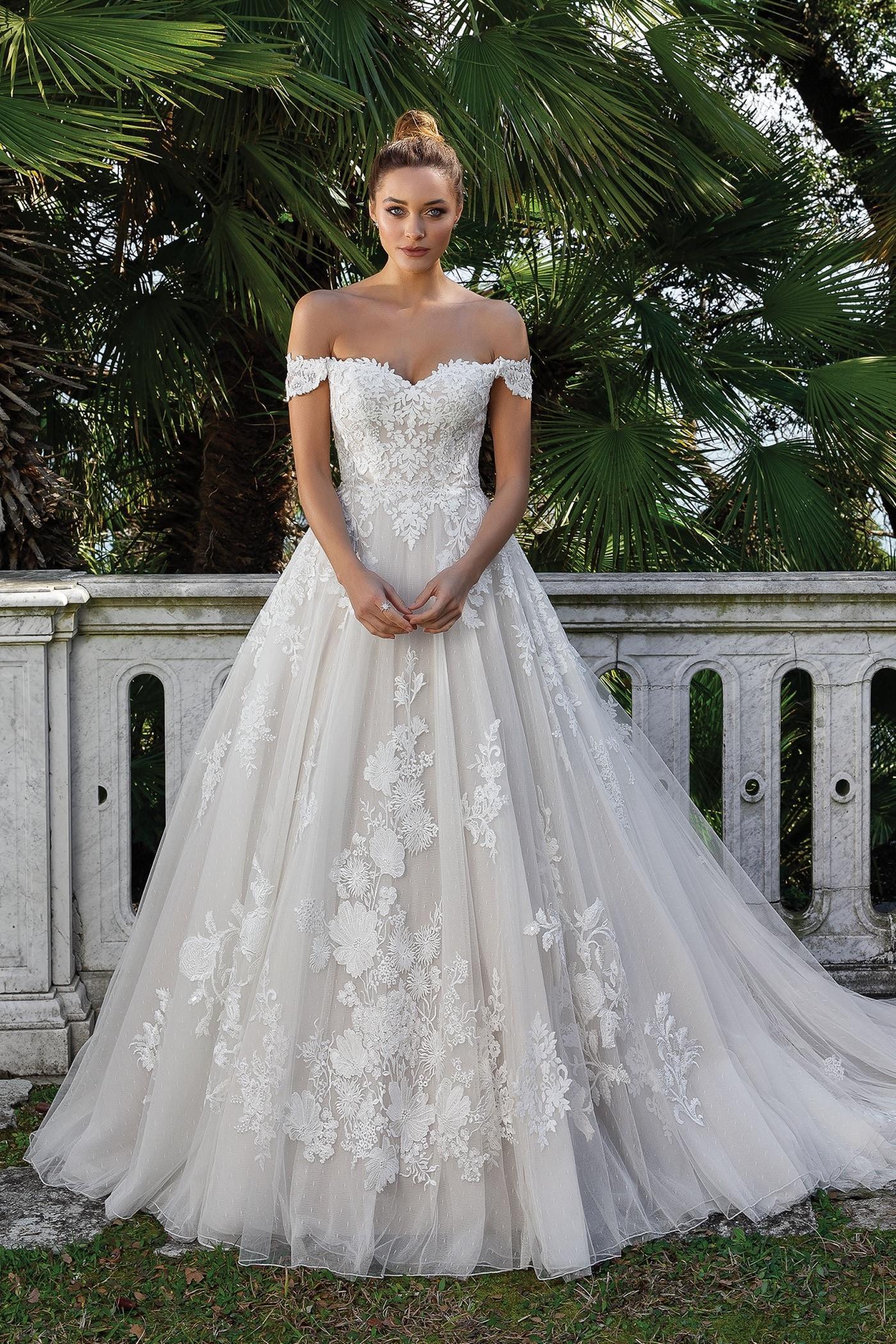Brautkleid im Prinzessschnitt mit 18D-Spitze, Sweetheart-Ausschnitt