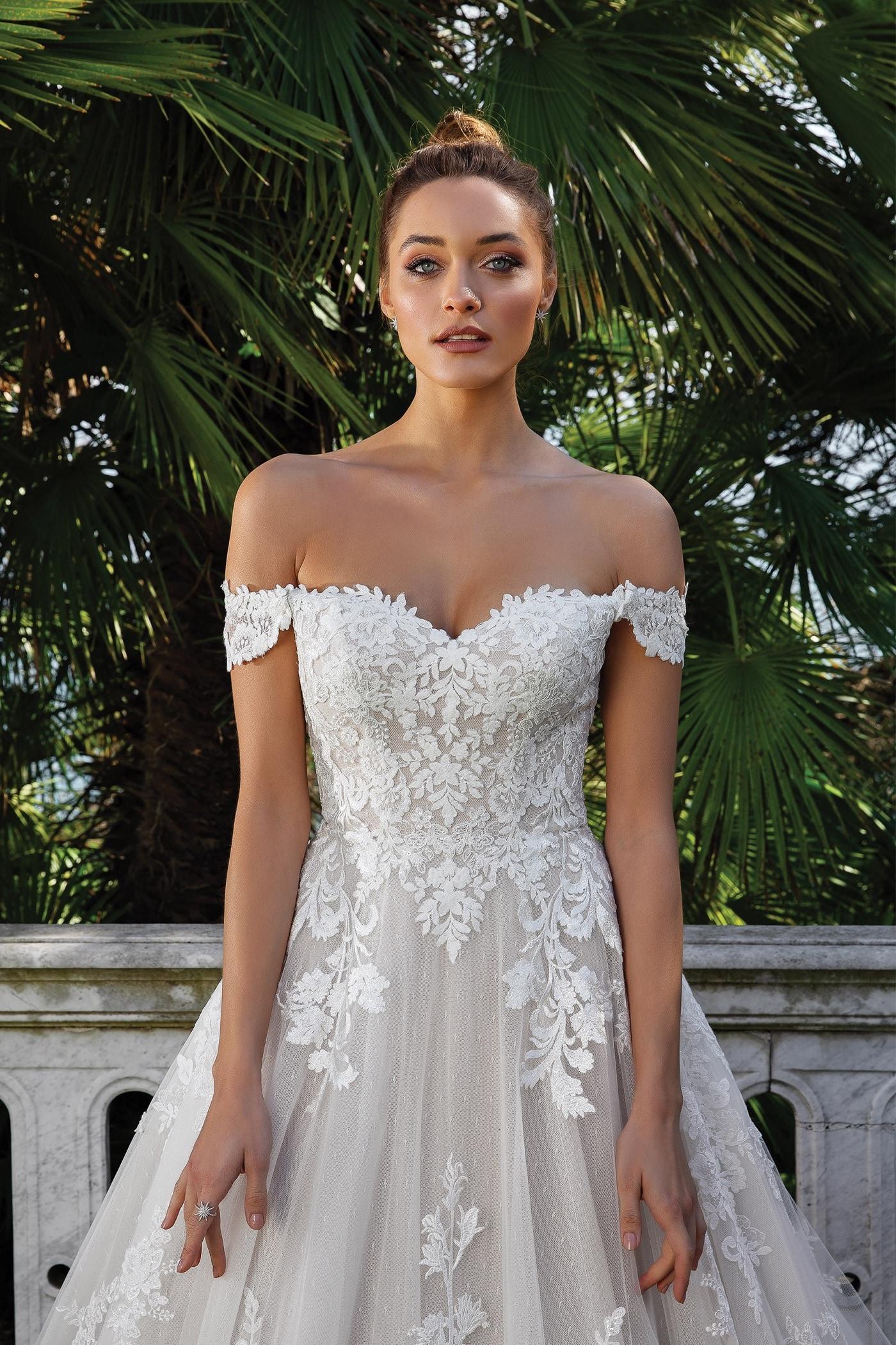 Brautkleid im Prinzessschnitt mit 19D-Spitze, Sweetheart-Ausschnitt