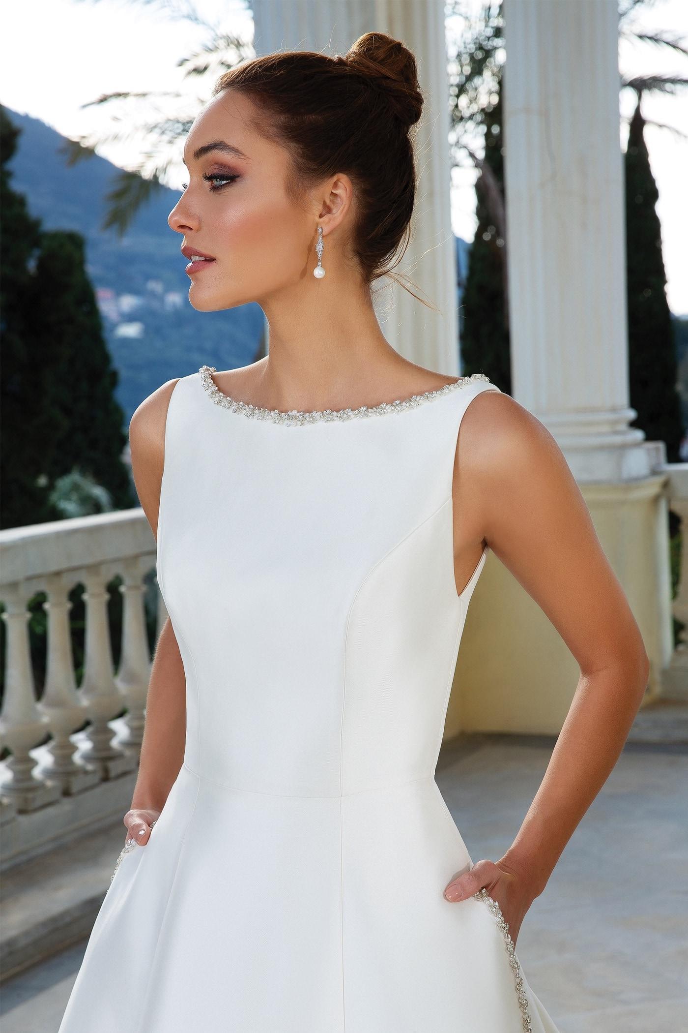 Brautkleid im Prinzess-Stil mit Rundhals-Ausschnitt, Taschen