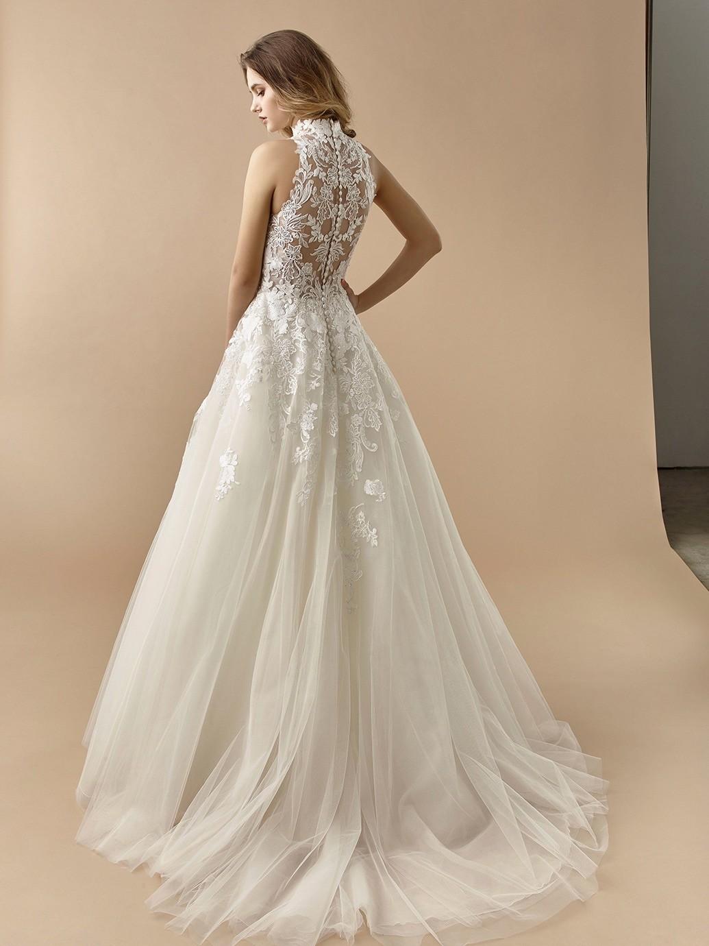 Brautkleid im Prinzess-Stil mit Tüllrock, transparentem Spitzentop und Tattoo-Effekt von Beautiful Bridal, Modell BT 20-13