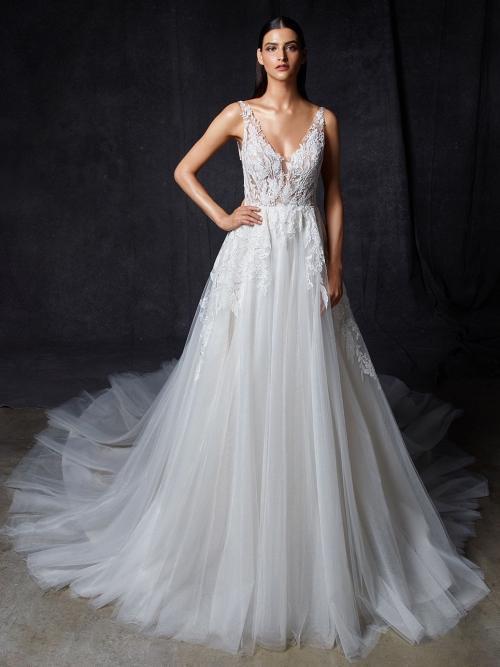 Brautkleid im Prinzessschnitt mit transparentem Spitzentop, Plunge-Ausschnitt, Tattoo-Effekt und tiefem Rückenausschnitt von Enzoani, Modell Opus