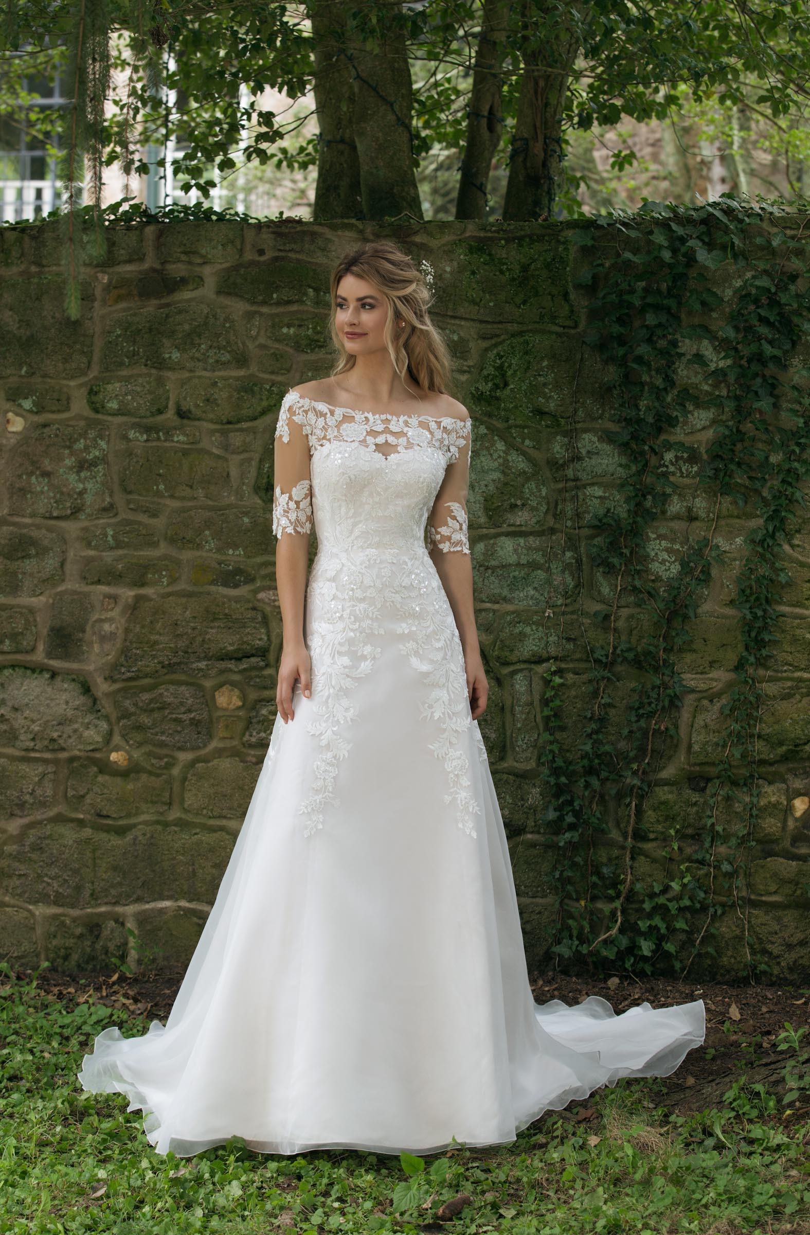 Brautkleider  Die schönsten Kleider & Trends 11 entdecken ❤